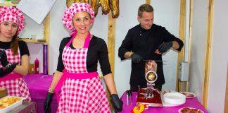 Cristina Vicent el stand más visitado de la Mostra de vinos y alimentos tradicionales