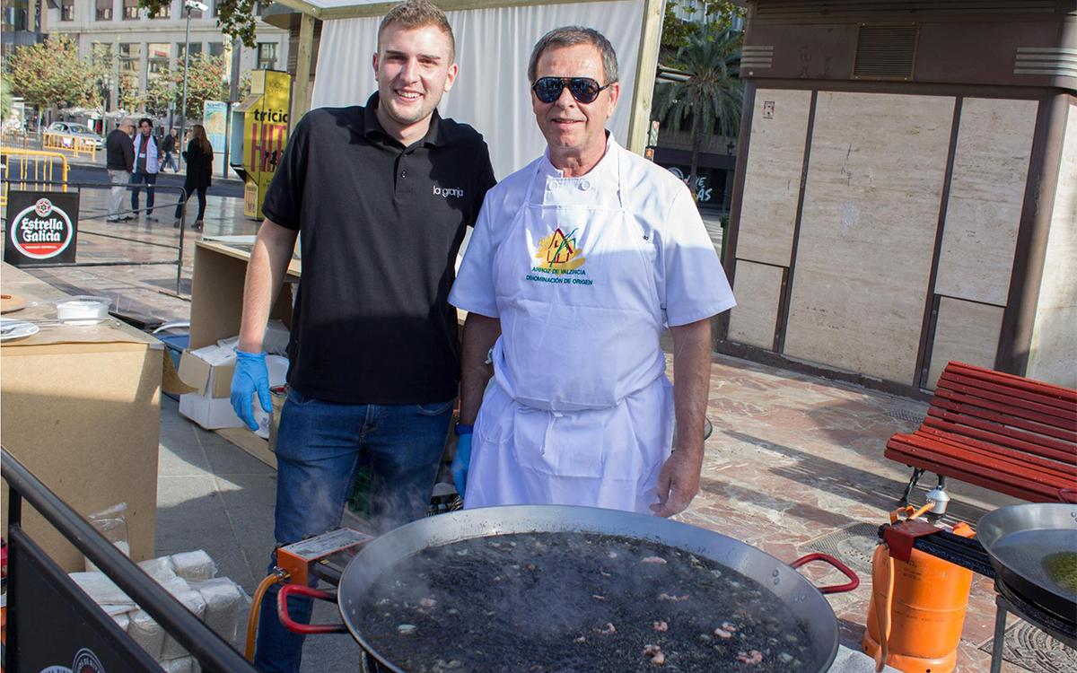 Restaurant La Granja en las Jornadas de la Paella Valenciana de Sueca